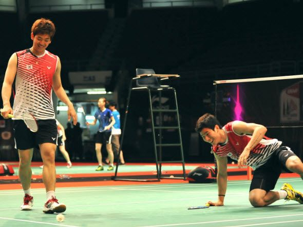 BADMINTON RULES (15):SHUTTLE NOT IN PLAY